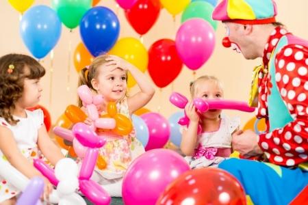 Как оформить воздушными шарами детский праздник