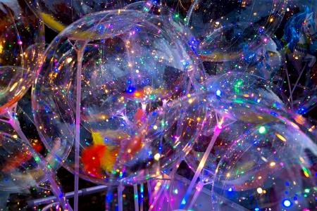 Как сделать и надуть светящийся шарик в домашних условиях